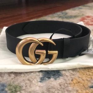 Gucci belt (never worn before, tags attached)